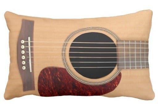 kussen voor de gitaarspeler