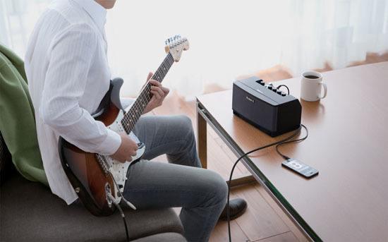 Beste gitaarversterker gitarist spelen